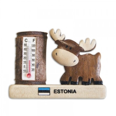 Wooden magnet with moose and thermometer